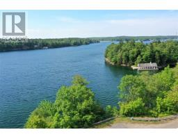 794 1000 Islands Parkway, Mallorytown